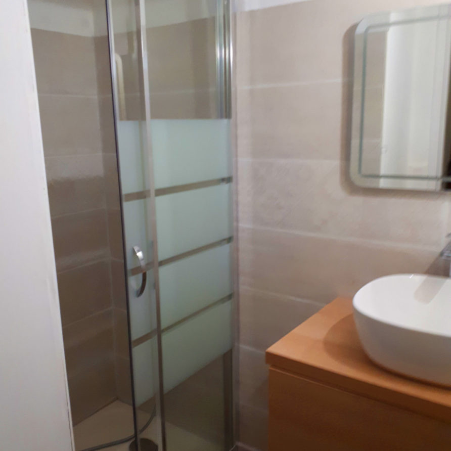 salle de bain de l'atelier d'antoine à st georges de didonne
