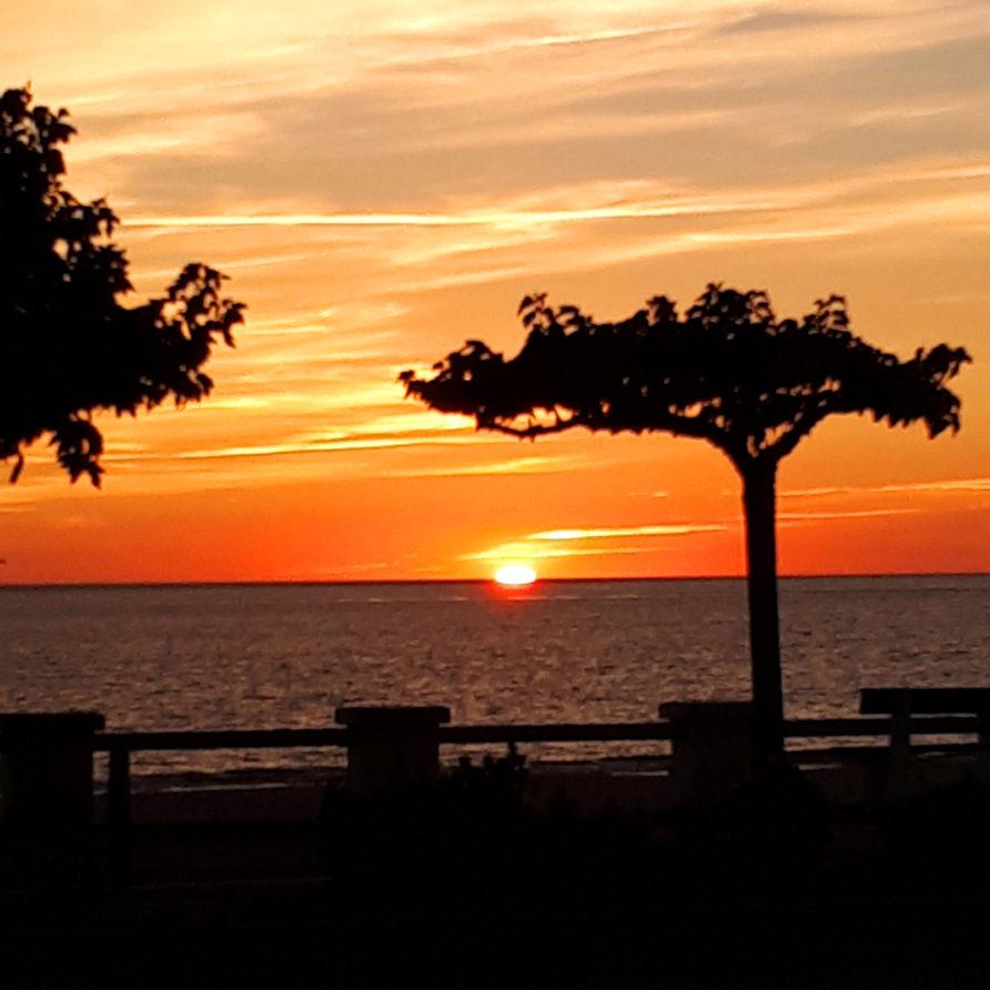 Coucher de soleil sur la plage de St Georges de Didonne