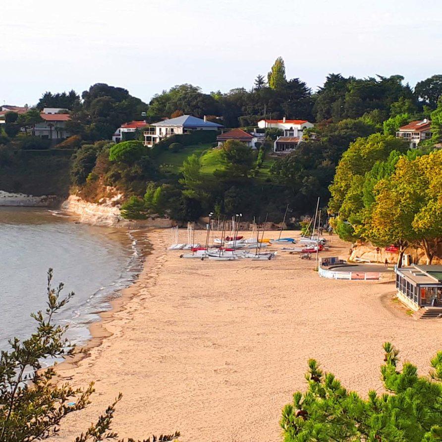 Meschers sur Gironde, Plage des Nonnes à 900m de la Villa Lucas et du Cottage de Lulu