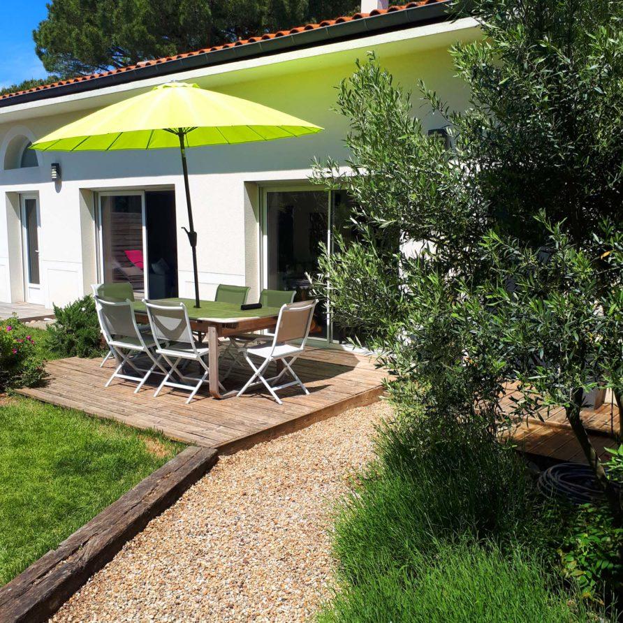 Location vacances Meschers sur Gironde avec jardin et piscine